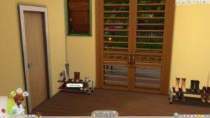 Мод «Функциональная обувная полочка» от llazyneiph для Sims 4